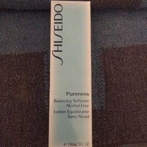 Shiseido face softener